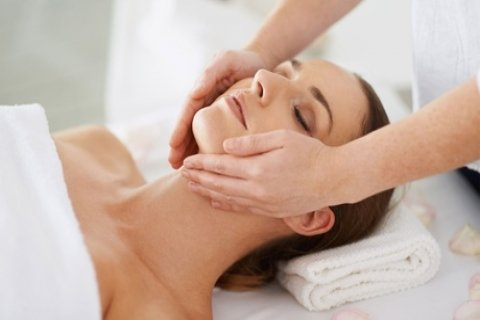 Pamper Package: 50 ($39), 75 ($59), 100 ($79) or 120 Minutes ($99) at FLEX Beauty & Aroma...